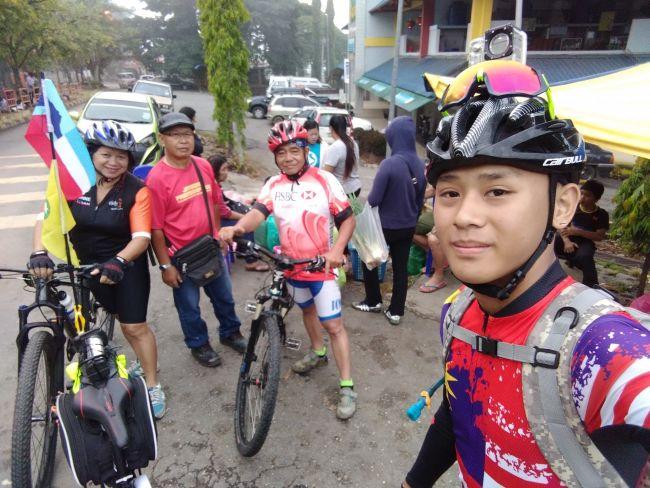 Melvin Chee Tour Sabah Ranau